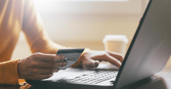 Customer online shopping