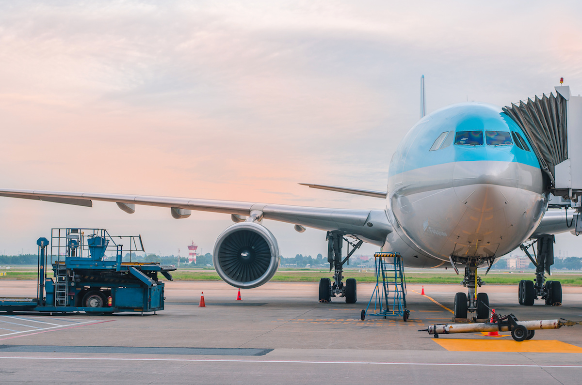 air-freight-vs-ocean-freight-security